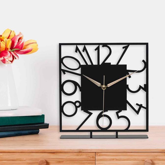 Piazza Metal Masa Üstü Saati Siyah (25x23 cm)