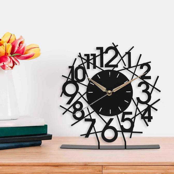 Lineal Metal Masa Üstü Saati Siyah (25x23 cm)
