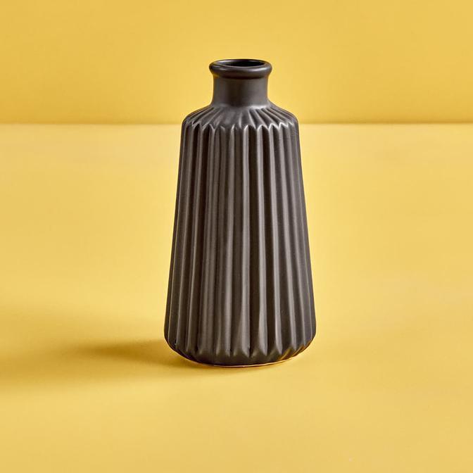 Menta Vazo Siyah (17x8 cm)