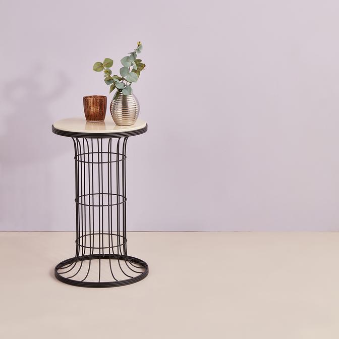 Cemre Sehpa Siyah Ahşap (35x58 cm)